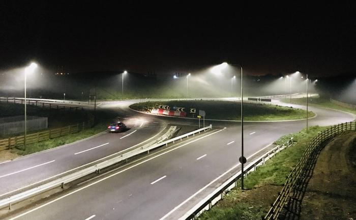 LED 路灯将昆虫数量减少 50%