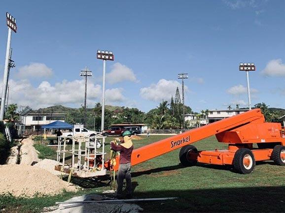 关岛棒球场照明工程